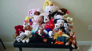 Collect Stuffed Toys for Police